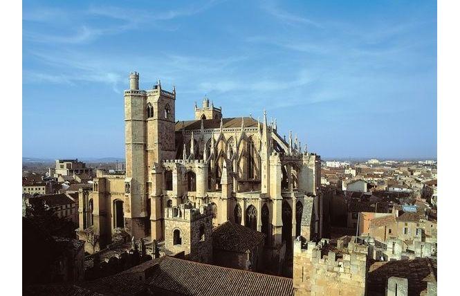 cathedrale-saint-just-et-saint-pasteur-3 Voyager